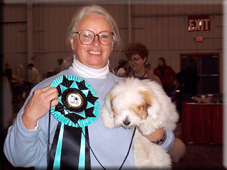 Coton Aurora wins Best in Show puppy